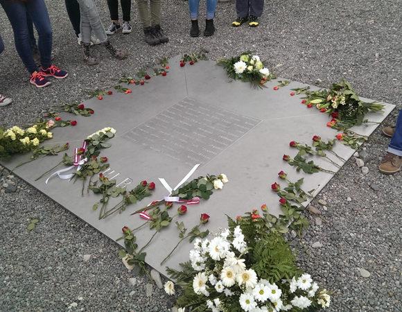 Gedenkstättenfahrten