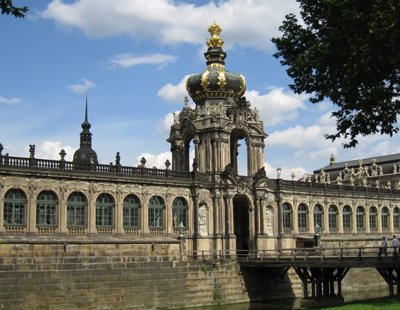 """Multimedia tour """"The history of Dresden"""""""
