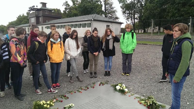 Поездки к местам мемориального значения